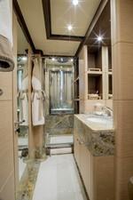 SOY AMOR 27 twin-bathroom