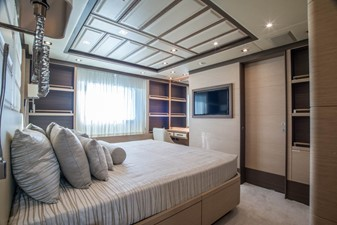 SOY AMOR 23 VIP cabin