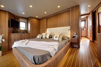 BULLY 7 BULLY 2014 MONDOMARINE  Motor Yacht Yacht MLS #225029 7