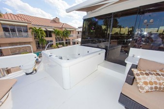 GOLDEN TOUCH 48 BOAT DECK - Looking to port at Jacuzzi & Davit