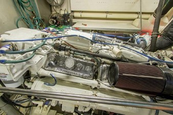 GOLDEN TOUCH 72 ENGINE ROOM - Starboard Main Engine