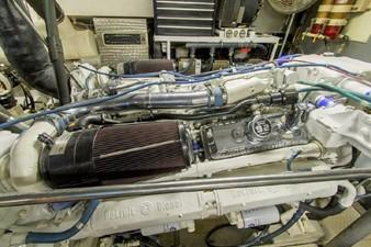 GOLDEN TOUCH 73 ENGINE ROOM -Port Main Engine