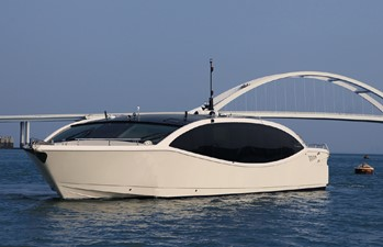 ACURY MY 15 Ocean 1 ACURY Cruiser Limousine 15m