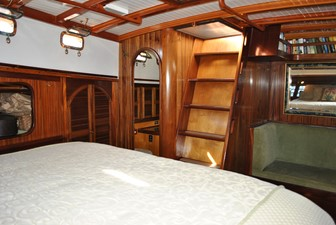 Owner's Companionway