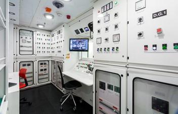 OKTO 20 Engine Control Room