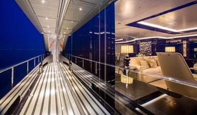 OKTO 40 Starboard Deck