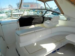 Sea Ray Sundancer 400 13
