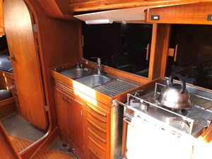 Swan 46 to buy interior (7)