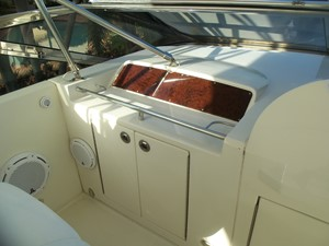 Helm Outboard to Port