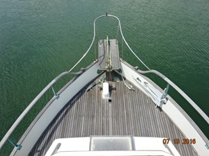 36' Grand Banks foredeck