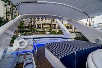Flybridge Lounge Aft