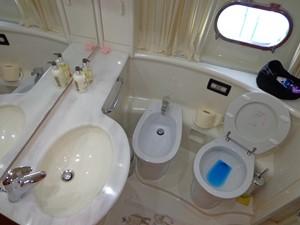 FERRETTI 620 7 FERRETTI 620 2003 FERRETTI YACHTS  Motor Yacht Yacht MLS #233945 7
