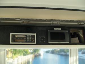 Overhead helm box