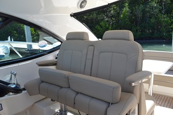 PARADOCS 20 Helm SEats with Bolsters Up