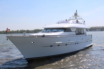 Boadicea 6 Boadicea 2000 MULDER YACHTS Mulder 74' Futura Motor Yacht Yacht MLS #237594 6