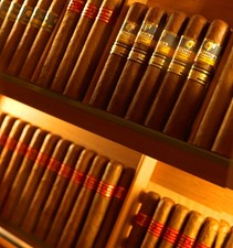 THE WELLESLEY 32 34 The finest cigars.jpg