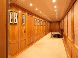 THE WELLESLEY 29 31 Upper deck guest hallway.jpg