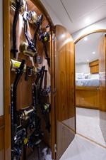 NOTORIOUS 55 Rod locker