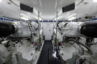 NOTORIOUS 60 Engine room
