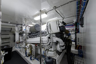 NOTORIOUS 64 Engine room