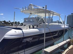 Intrepid 40 Cuddy 0 Intrepid 40 Cuddy 2011 INTREPID POWERBOATS INC. 400 Cuddy Boats Yacht MLS #238174 0