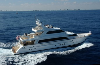 Horizon Tri-Deck Motoryacht
