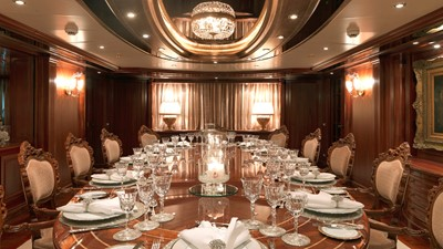17 Main deck formal dining