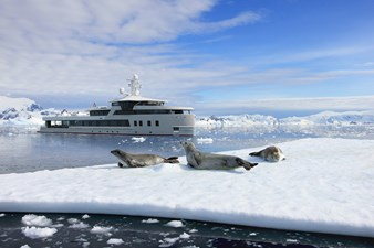 SeaXplorer 60 5 Damen Yachting SeaXplorer 60 polar seals