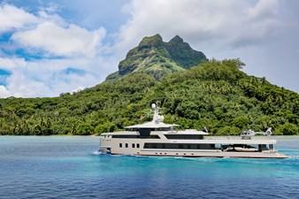 SeaXplorer 60 7 Damen Yachting SeaXplorer 60 tropics running