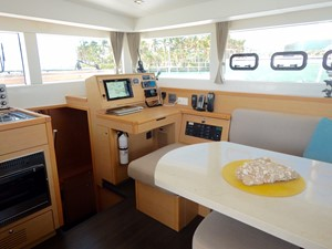 KING STEWART 5 KING STEWART 2015 LAGOON Lagoon 39' 2015 Catamaran Yacht MLS #242554 5