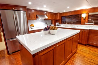 NEW BUILD 85/90 VOYAGER 6 NEW BUILD 85/90 VOYAGER 2020 OFFSHORE YACHTS 80/85/90 Voyager Motor Yacht Yacht MLS #243531 6