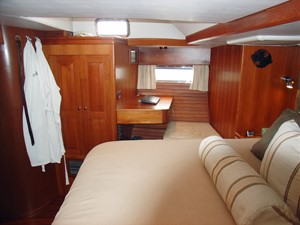 Owner's Stateroom, Stbd. Side