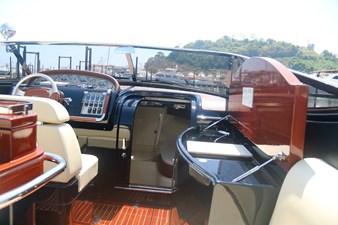 T/T Sha Sha Sha 7 T/T Sha Sha Sha 2015 RIVA 33 Aquariva Super Cruising Yacht Yacht MLS #244701 7