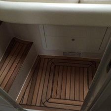 2010 Performance 1407 48' SYS YACHT SALES            Wood flooring