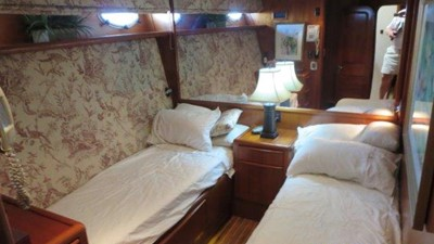 1989 63' Viking motor yacht Stbd Guest Stateroom