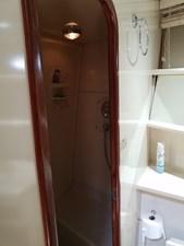 1989 63' Viking motor yacht shower