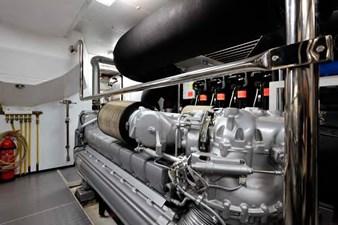 Bertona 28 Bertona-Canados-116-Motor-Yacht-Engine-Room-3