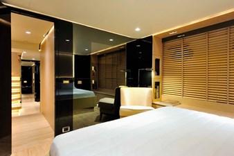 Bertona-Canados-116-Motor-Yacht-VIP-Stateroom-2