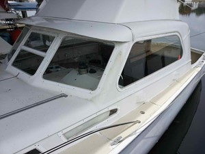 Mad Hatter 4 Mad Hatter 1961 HATTERAS 34 SF Sport Yacht Yacht MLS #246946 4
