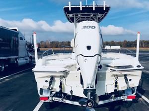 No Name 4 No Name 2017 BOSTON WHALER 240 Dauntless Boats Yacht MLS #247370 4