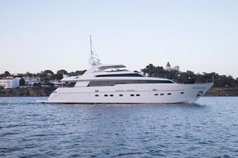 - 1 - 2008 SANLORENZO SL88 Motor Yacht Yacht MLS #226383 1
