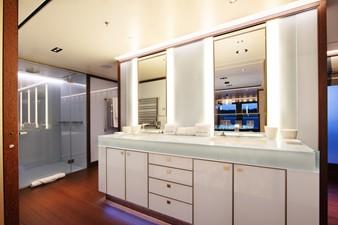 PLANET NINE 8 Master Bathroom with Tub Outboard