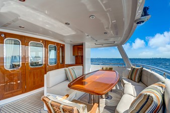 GUSTO 1 Aft Deck Dining