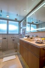 ASTRID CONROY 46 Guest bathroom