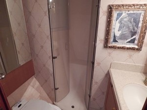 One More Time 24 VIP En Suite Head with Shower