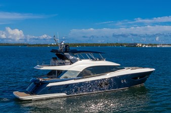 Monte Carlo Yachts MCY 76 6 06_MCY 76_Mooring