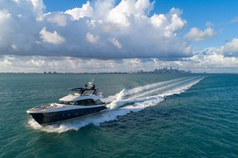 Monte Carlo Yachts MCY 76 7 08_MCY 76_Navigation