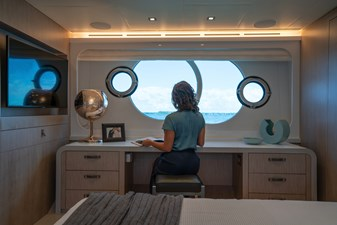 Monte Carlo Yachts MCY 76 34 09_MCY 76_Owner Cabin