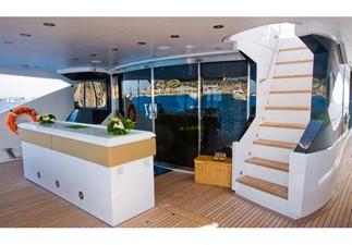 REGULUS 5 REGULUS 2010 SUNSEEKER Predator 130 Motor Yacht Yacht MLS #242183 5