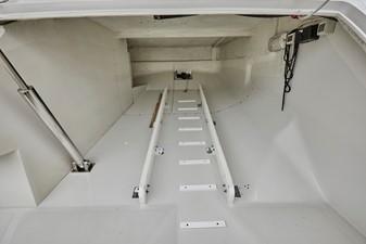 Tender garage
